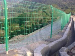 四川公路双边护栏网